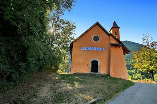 l'église Notre Dame de buyei