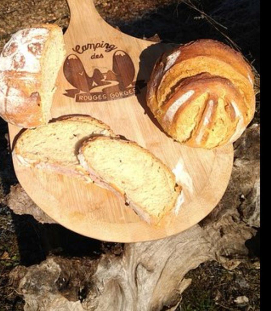 pain chez lz camping des rouges gorges