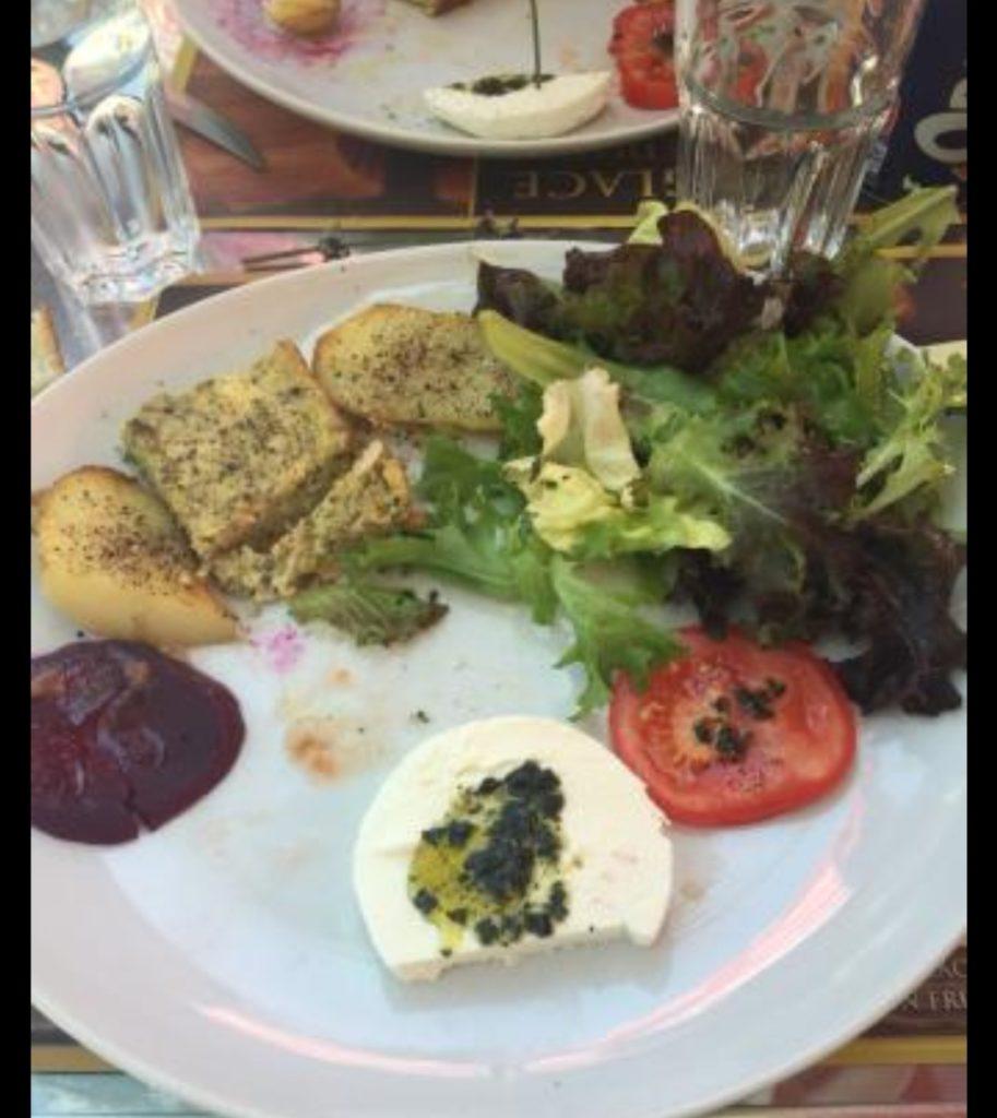 assiette de salade chez chrysalide