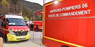 Article similaire à Le feu de Guillaumes en cours d'extinction, un pompier blessé évacué aux urgences