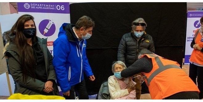 La 1re équipe mobile du département des Alpes-Maritimes débute la vaccination des seniors à Valberg